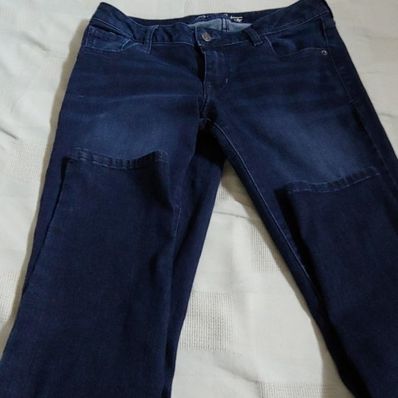 Old Navy Denim - Old Navy like new jeans 2% stretch size 12R